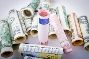 Jaką rolę odgrywają systemy bankowe?